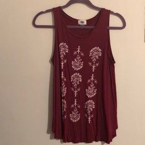 Old Navy burgundy tank top